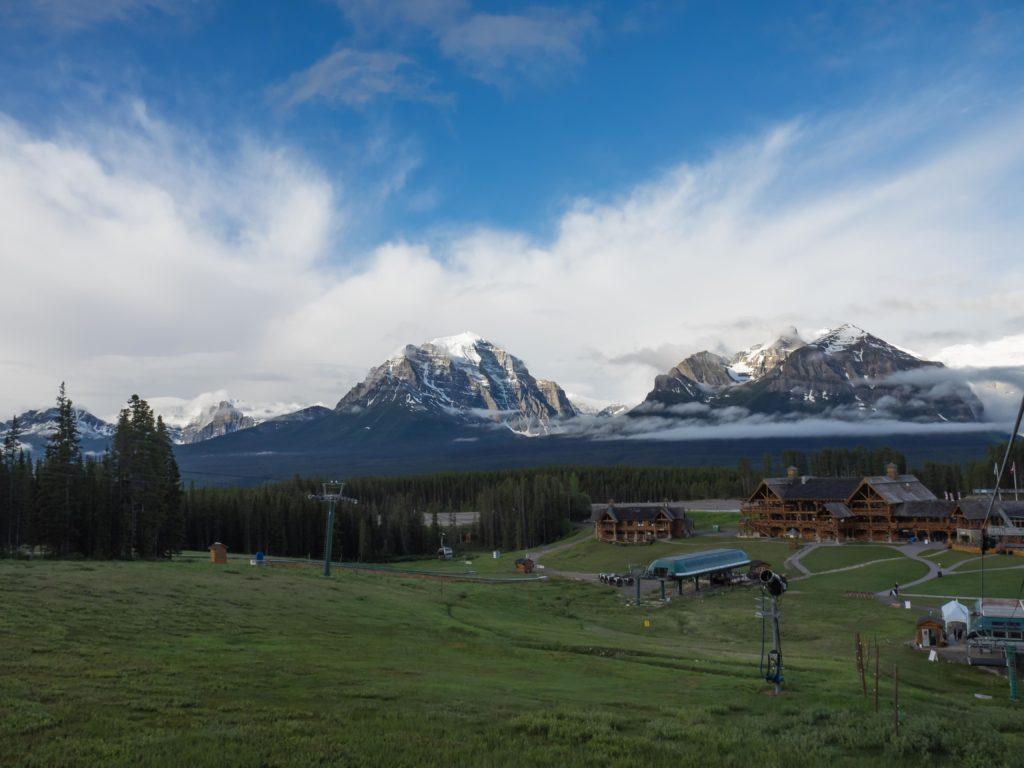 Au départ de la Gondola, face à Lake Louise (Banff NP)