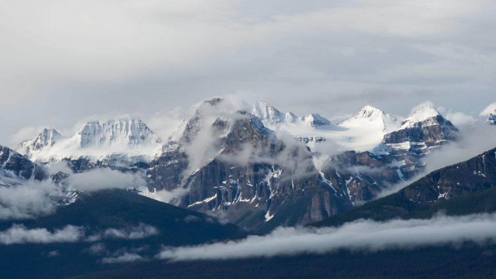 Sommets du Banff NP (région de Lake Louise)